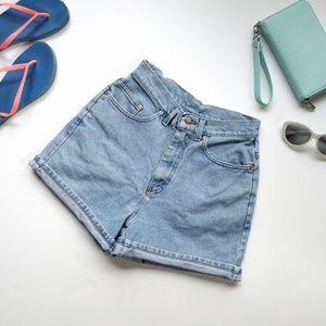 /Lee/ vintage high-waisted denim shorts